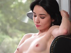 Sweet and cute gal Naja loves rubbing one out when she's peerless