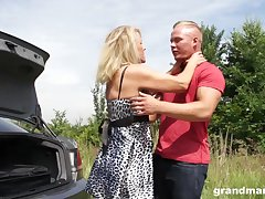 Sexy granny enjoys casual sexual congress with young guy beau geste the road