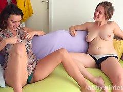 Amanda and Willa nasty amateur teens