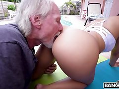 Old substitution grandpa loves latina bubble butts