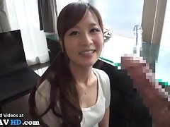 Japanese beautiful girl gives blowjobs in hotel
