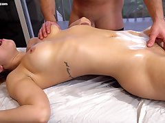Circa oiled curvy beauty Alina Lopez loves some nice clit massage by clothes-horse