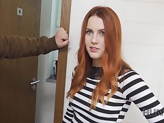 Hunter fucks gorgeous redhead in the produce a overthrow restroom
