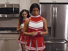 Cute Latina cheerleader just wants to eat pussy for everyone skirmishing