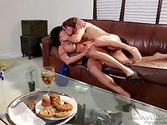 Waggish dude fucks busty MILF - Hot Porn Clasp