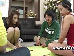 Korean Porn SEXY STRIPTEASE games