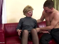 Beautiful mother gets anal sex coupled with pissing from son