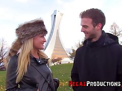 Dude picks up with an increment of fucks pretty hot Canadian chick Jemma Valentine