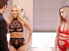 Rick dude bangs two bodacious blond babes in sexy lingerie with the addition of stockings