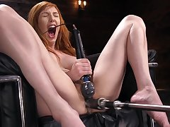 Solo milf goes rough on her upper-cut pussy