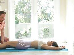 Killing hot Latin coddle Alina Lopez gets intimate anent yoga instructor