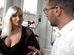Busty old rich woman Anna Valentina gets initiate approximately young gigolo