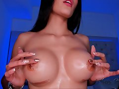 anna close ups on her untidy pink shaved pussy - webcam solitary